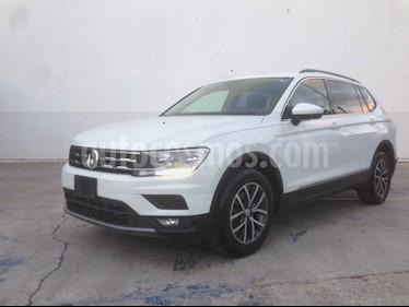 Volkswagen Tiguan Comfortline 5 Asientos Piel usado (2018) color Blanco precio $347,900