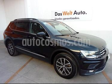 Foto Volkswagen Tiguan Comfortline 7 Asientos Tela usado (2018) color Negro precio $395,000