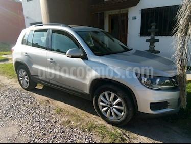 Volkswagen Tiguan Native  usado (2013) color Plata precio $220,000