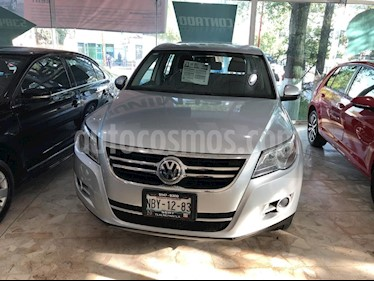 Foto venta Auto Seminuevo Volkswagen Tiguan Native (2010) color Plata precio $160,000
