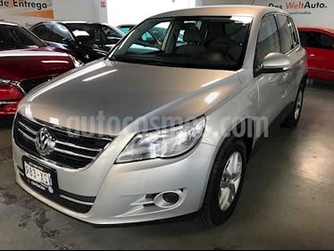 Foto venta Auto usado Volkswagen Tiguan Native (2011) color Plata precio $164,000