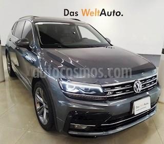 Foto venta Auto usado Volkswagen Tiguan R-Line (2018) color Gris Platino precio $440,000