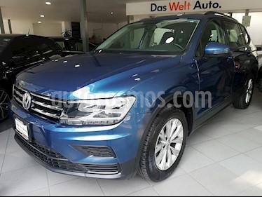 Foto venta Auto Seminuevo Volkswagen Tiguan Trendline Plus (2018) color Azul Acero precio $379,500