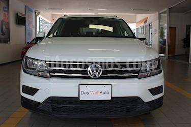 Foto Volkswagen Tiguan Trendline Plus usado (2018) color Blanco precio $359,000