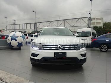 foto Volkswagen Tiguan Trendline Plus usado (2018) color Blanco precio $345,000