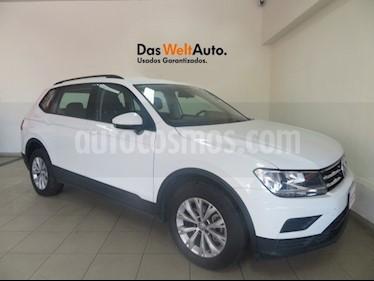 Foto venta Auto Seminuevo Volkswagen Tiguan Trendline Plus (2018) color Blanco precio $349,689