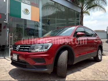 Foto venta Auto usado Volkswagen Tiguan Trendline (2018) color Rojo precio $385,000