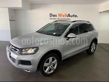 Volkswagen Touareg 3.0L TDI usado (2014) color Plata precio $415,000