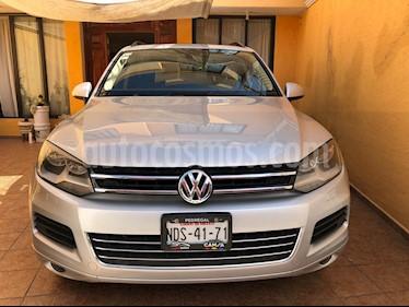Volkswagen Touareg 3.6L V6 FSI Navegacion usado (2012) color Plata precio $280,000