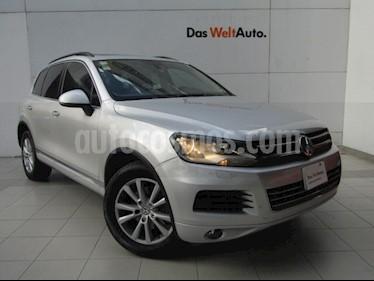 Volkswagen Touareg 3.6L V6 usado (2013) color Plata Reflex precio $279,000