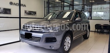 Foto venta Auto usado Volkswagen Touareg 5p V6/3.6 Aut Boton encendido Nave (2014) color Gris precio $392,000