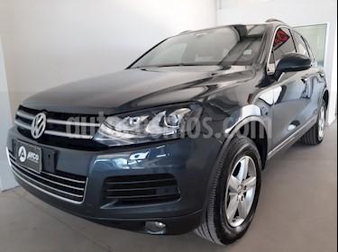 Volkswagen Touareg 3.0 TDi Elegance usado (2014) color Gris Oscuro