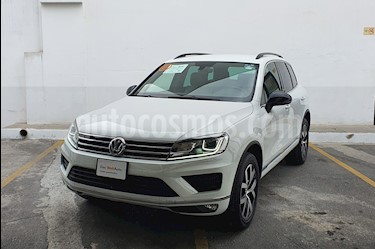 Volkswagen Touareg 3.0L V6 TDI usado (2018) color Blanco precio $795,000