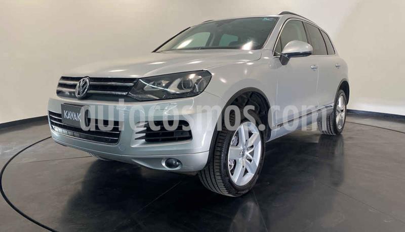 Volkswagen Touareg 4.2L V8 usado (2013) color Plata precio $314,999
