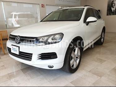 Volkswagen Touareg V8 usado (2013) color Blanco precio $315,000