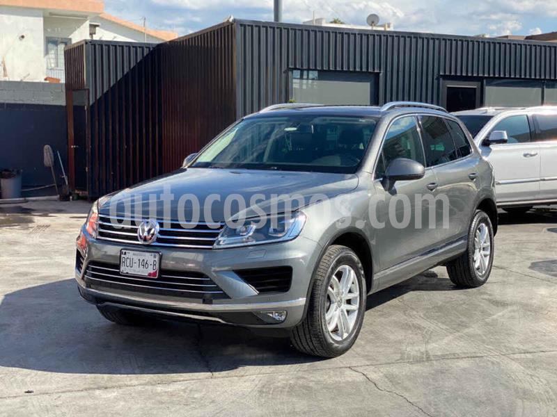 Volkswagen Touareg 3.6L V6 usado (2016) color Gris precio $399,800