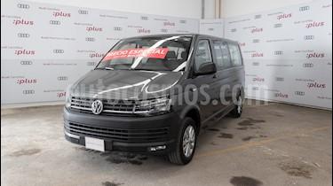 Volkswagen Transporter Pasajeros Aut usado (2018) color Gris precio $560,000