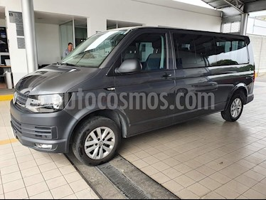 Volkswagen Transporter Pasajeros Aut usado (2019) color Gris precio $534,900