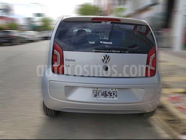 Foto venta Auto usado Volkswagen up! 5P 1.0 move up! (2015) color Plata precio $139.800