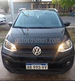 Volkswagen up! 5P 1.0 move up! usado (2017) color Negro precio $378.000