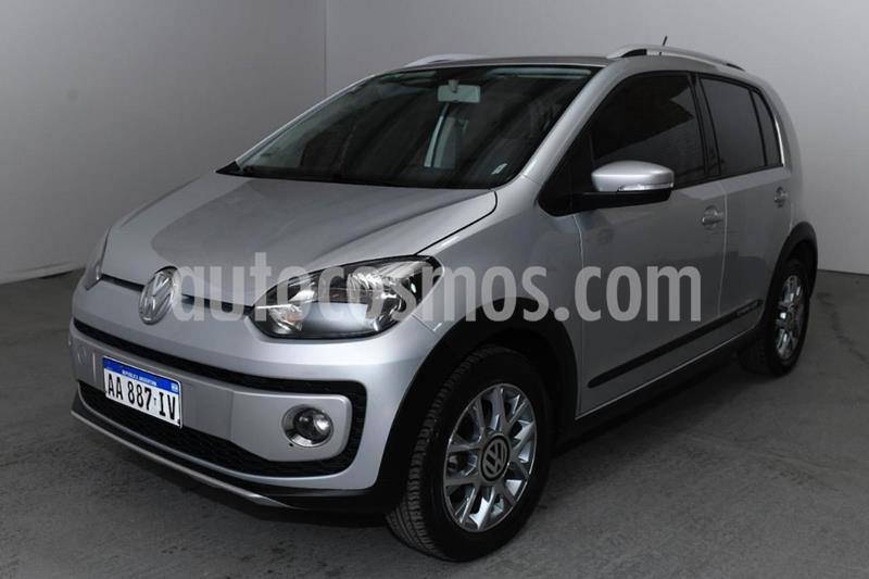 Volkswagen up! 5P Cross up! usado (2017) color Gris Claro precio $900.000