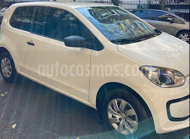 Volkswagen up! 3P 1.0 take up! usado (2015) color Blanco Cristal precio $499.900