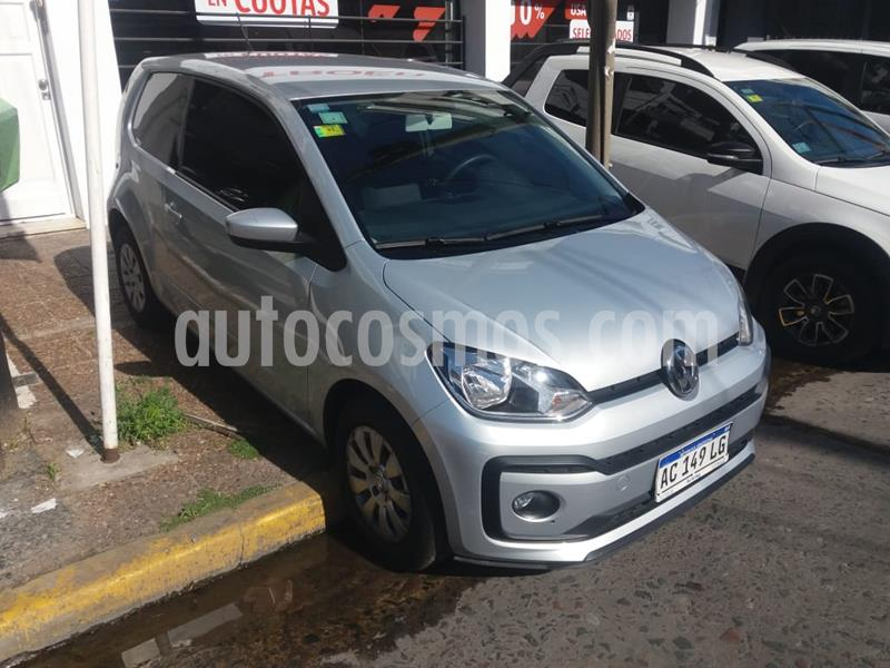 Volkswagen up! 3P 1.0 high up! 2016/17 usado (2017) color Plata Egipto precio $879.000