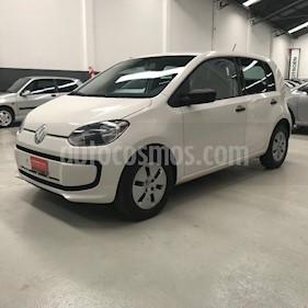 Foto Volkswagen up! 3P take up! usado (2017) color Gris Claro precio $427.900