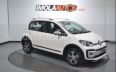 Volkswagen up! 5P 1.0 Cross up! usado (2018) color Blanco Cristal precio $930.000