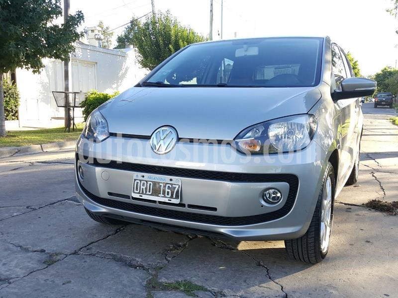 Volkswagen up! 5P 1.0 high up! usado (2015) color Gris Cuarzo precio $800.000
