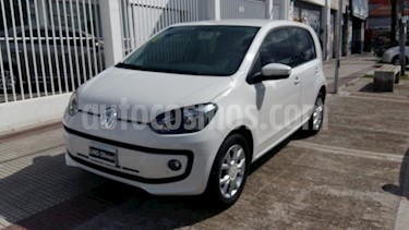 Volkswagen up! 5P 1.0 high up! usado (2015) color Blanco Cristal precio $520.000