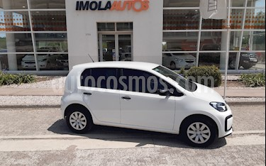 Volkswagen up! 5P 1.0 take up! usado (2018) color Blanco Cristal precio $550.000