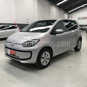 Volkswagen up! 3P take up! usado (2017) color Gris Claro precio $560.900