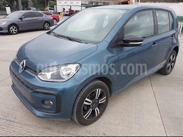 Foto Volkswagen up! Connect usado (2018) color Azul Laguna precio $171,000