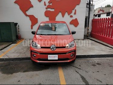 Volkswagen up! Connect usado (2018) color Naranja Metalico precio $187,000