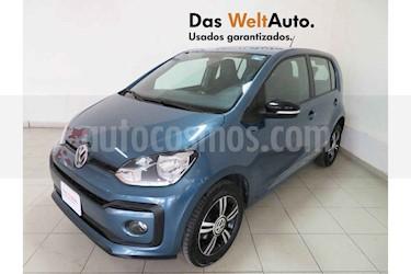 Foto Volkswagen up! Connect usado (2018) color Azul precio $166,702
