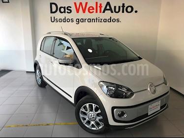 Foto venta Auto Seminuevo Volkswagen up! cross up! (2017) color Blanco Candy precio $179,000