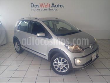 Foto venta Auto usado Volkswagen up! cross up! (2016) color Plata precio $159,900