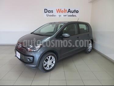 Foto venta Auto Seminuevo Volkswagen up! high up! (2017) color Gris Cuarzo precio $159,995