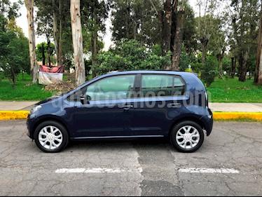 Volkswagen up! high up! usado (2016) color Azul Noche precio $142,000