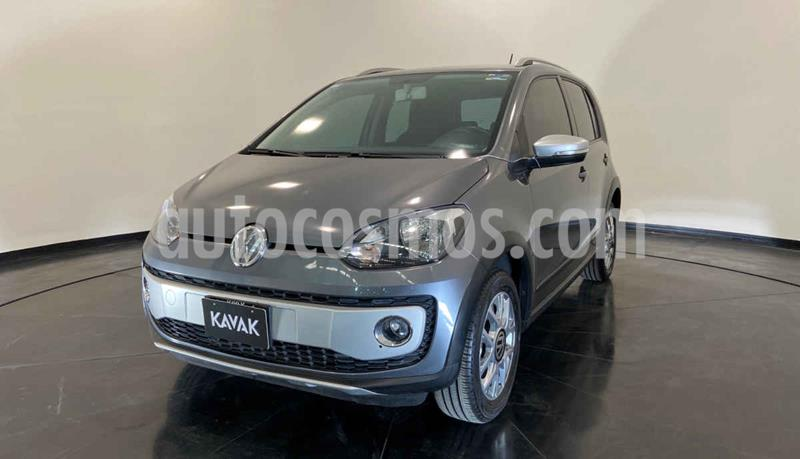 Volkswagen up! cross up! usado (2017) color Gris precio $159,999