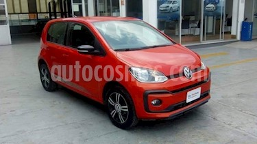 Volkswagen up! Connect usado (2018) color Naranja precio $180,000