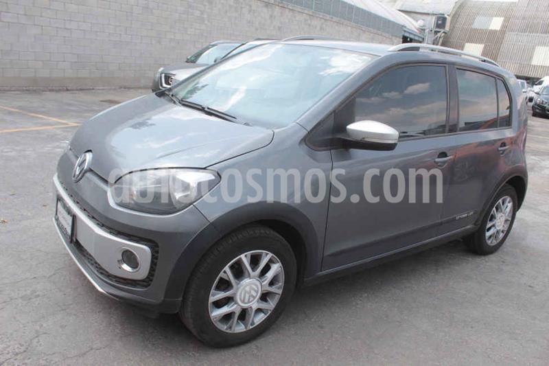 Volkswagen up! cross up! usado (2017) color Gris precio $159,000