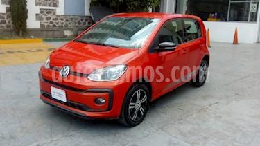 Volkswagen up! Connect usado (2018) color Naranja Metalico precio $180,000