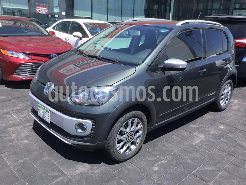Volkswagen up! cross up! usado (2016) color Gris precio $128,000