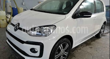 Volkswagen up! Connect usado (2018) color Blanco precio $180,000