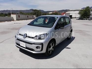 Volkswagen up! Connect usado (2018) color Plata precio $170,001