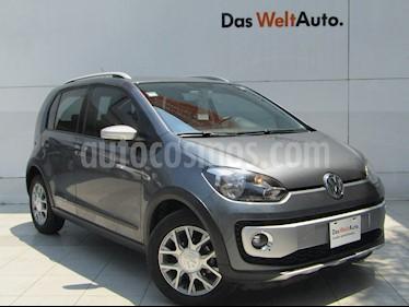 Volkswagen up! cross up! usado (2017) color Gris Cuarzo precio $159,000