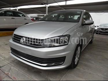 Foto venta Auto Seminuevo Volkswagen Vento 1.6L (2018) color Plata precio $215,000