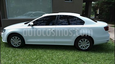 Foto venta Auto Usado Volkswagen Vento 2.0 FSI Advance Summer Package (2015) color Blanco precio $415.000